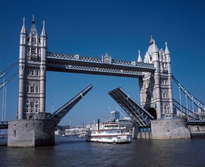 Why-should-you-visit-the-oldest-part-ofLondon