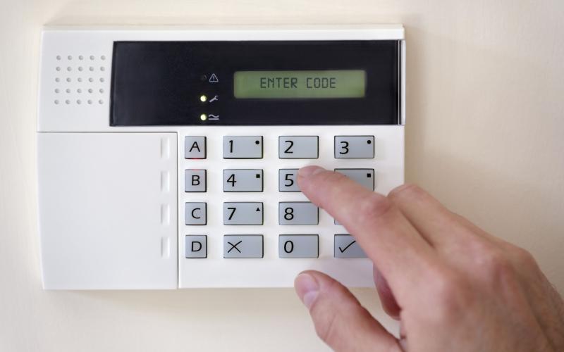 Cu-responsabilitate-despre-alarmele-pentru-locuinte