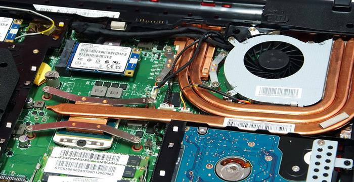 Cum se inlocuieste ventilatorul unui laptop?