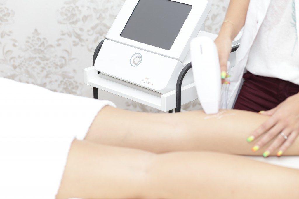 La ce ajuta tratamentul cu aparatul de radiofrecventa?