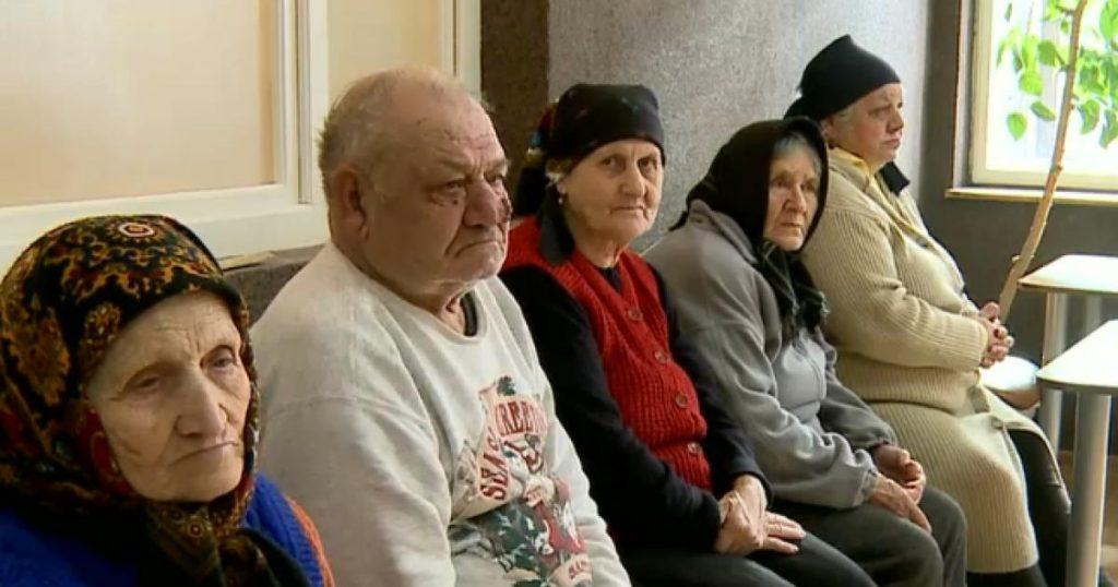 Este rentabil pentru seniori sa fie cazati la azil?