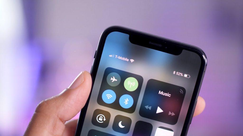 Cum sa rezolvati bateria iPhone X care se descarca prea repede?